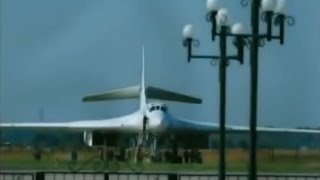 getlinkyoutube.com-Vladimir Putin flight on Tu-160 'The White Swan'. Short documentary. (English subtitles)