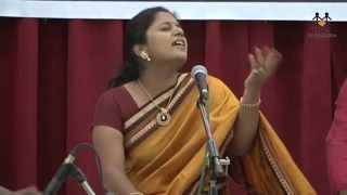 getlinkyoutube.com-Gayatri Vairagkar-Joshi and Mrunmayee Phatak singing Gazals
