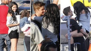 getlinkyoutube.com-Selena Gomez Kisses Justin Bieber on Boyfriend Music Video Shoot and Talks Perfume