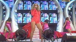 getlinkyoutube.com-Beyonce - Crazy In Love Live At Party In The Park 2003