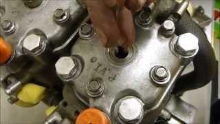 getlinkyoutube.com-Yamaha 250 2 stroke - Maintenance and Tuning - Cartagena Circuit
