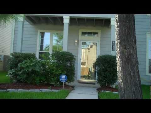 Two Master Bedroom Suites Townhouse - 2011 Upland Hill Spring, TX 77373