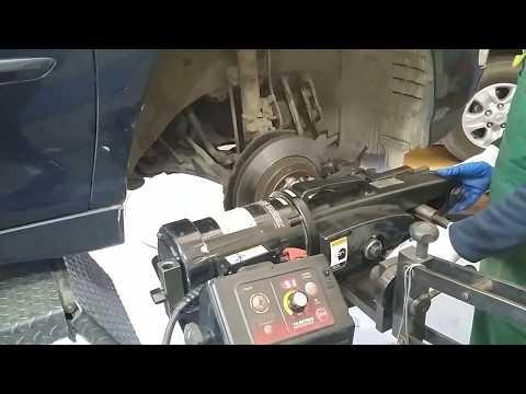 Проточка тормозного диска Lexus rx300