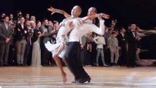 getlinkyoutube.com-Riccardo Cocchi & Yulia Zagoruychenko - WDC World Championship Professional Latin 2014 - Final Samba