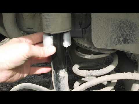 Устраняем стук чехлов амортизатора Opel astra J