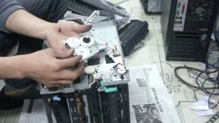 getlinkyoutube.com-Hướng dẫn tháo lắp máy in canon LBP 3300, Thay bao lụa, sửa kẹt giấy, nhăn giấy P1