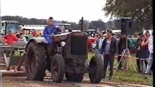 getlinkyoutube.com-Wasserdeutz 35 PS beim Bremswagenziehen 1997 in Quickborn