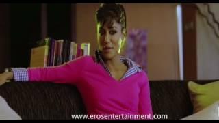 Chitragandha Singh Hot Kissing Scene