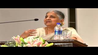 getlinkyoutube.com-Dr  Ida S  Scudder Humanitarian Oration by Mrs  Sudha Murty on 9 Aug 13