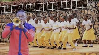 Nayaweza Yote.Kwaya ya Mt.Yohana Paulo II Rwamishenye Bukoba.