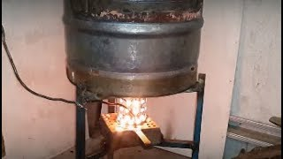 getlinkyoutube.com-How to build Gravity/drip feed waste oil heater/burner aussie a
