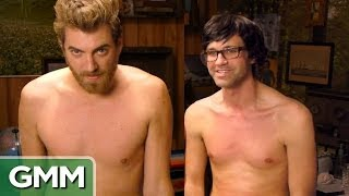 getlinkyoutube.com-Rhett & Link Get Waxed