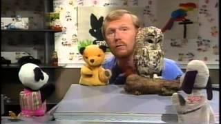 getlinkyoutube.com-Learn With Sooty - A - Z Of Animals
