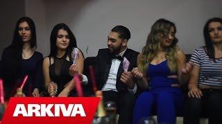 getlinkyoutube.com-Geni Nishtulla ft Mandi Nishtulla - Cocaina (Official Video HD)