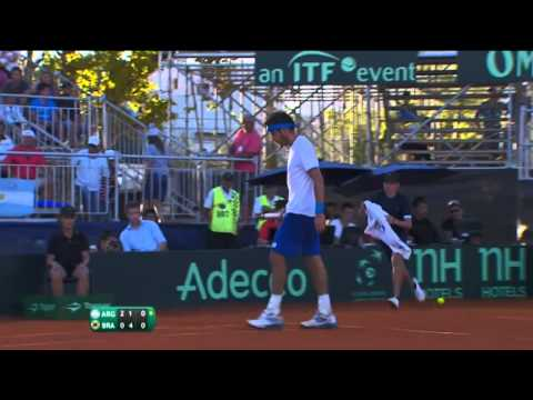 Highlights: Leonardo Mayer (ARG) v Thomaz Bellucci (BRA)