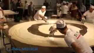 getlinkyoutube.com-أكبر حبة قطايف