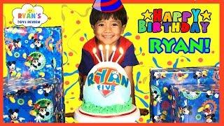 getlinkyoutube.com-Ryan's 5th Birthday Party Surprise Toys Opening Presents Paw Patrol Egg Surprise Smash Birthday Cake