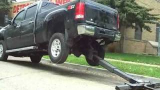getlinkyoutube.com-Repo Wheel Lift Install on a 2010 Chevy 2500 Part 4