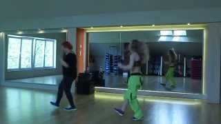 getlinkyoutube.com-Zumba(R) Fitness - deep in love