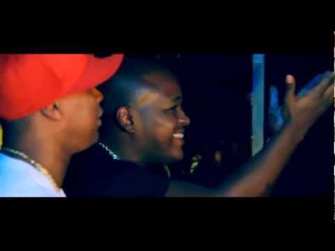 MC Bola -  Ela Top Part. Robinho Jogador  (Clipe Oficial - HD) [Kondzilla] 2012