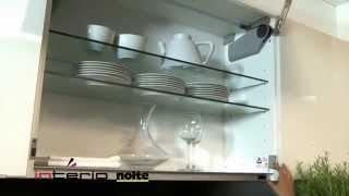 Wyjątkowe oświetlenie i elektryczne wspomaganie otwierania - meble kuchenne Nolte