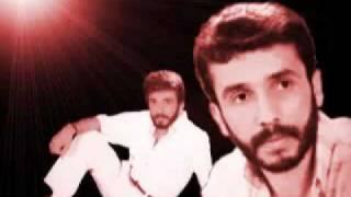 Selahattin Özdemir – Bir Kulum işte – YouTube.flv şarkısı dinle