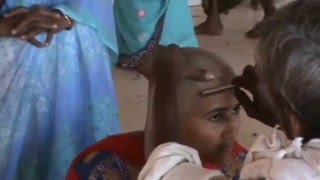 getlinkyoutube.com-Sexy Woman Head Shaved