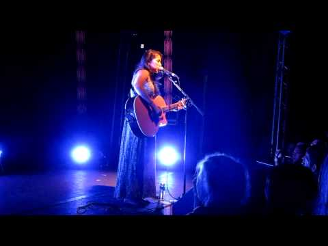 Kina Grannis 14.10.11 - Strong Enough (Live in Berlin)
