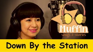 getlinkyoutube.com-Down By The Station | Family Sing Along - Muffin Songs