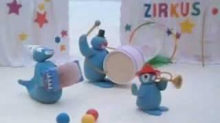 getlinkyoutube.com-Pingu: Pingu Performs at the Circus