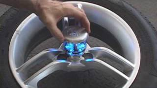 getlinkyoutube.com-Spyder Can Am Roadster (Motorcycle) Wheel Lights GloRyder®  Installation