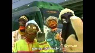 getlinkyoutube.com-Nas Garras da Patrulha - Dudu Gasguito e a sua família resolvem conhecer o Metrofor