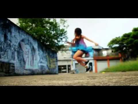 Lari Lunguinho - 1 Year Dance ‹.. FREE STEP ..›