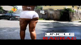 getlinkyoutube.com-CRYSTAL BATES ASS SHAKING DONK JUMP PAPOOSE NEW SONG