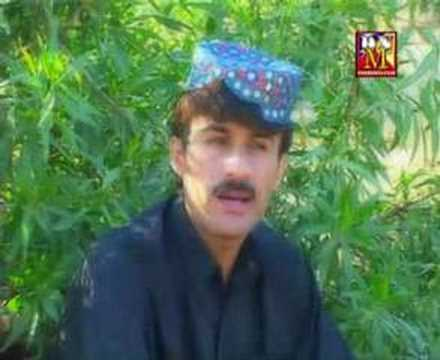 BRAHVI hussian aseer SINGING A PASHTO SONG