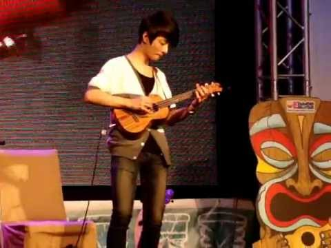 "Sungha Jung play ""Mission Impossible"" & ""Pirates of the Caribbian"" in Bangkok"