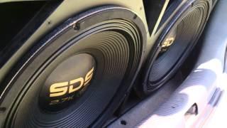 getlinkyoutube.com-Eros SDS 2.7 K + SD 8000 batendo forte