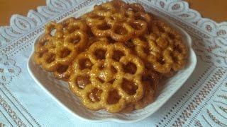 getlinkyoutube.com-حلوى الوردة بالمرشم المقلية في الزيت تشبه الشباكية   halwat lwarda au Miel