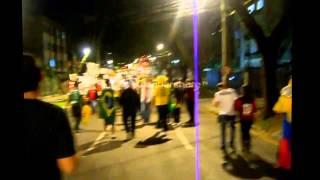 getlinkyoutube.com-الأجواء التي صنعها أنصار المنتخب الوطني في البرازيل بعد التأهل للدور الثاني