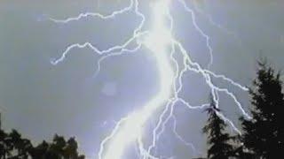 getlinkyoutube.com-Best Lightning Strike Compilation #11 (September 2013)