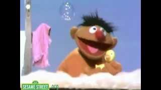 getlinkyoutube.com-Sesame Street Rubber Ducky Song
