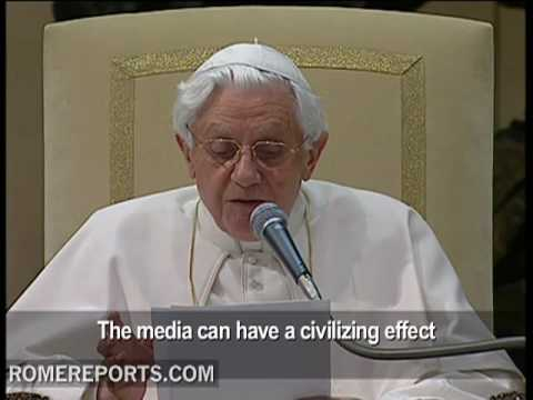 Pope says the media is a tool for humanizing
