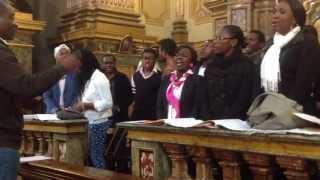 getlinkyoutube.com-Seigneur de la danse - Chorale Africaine Francophone de Turin
