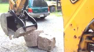 getlinkyoutube.com-Hydraulic Thumb Install On JCB212S JCB2CX