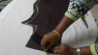 getlinkyoutube.com-Kurta cutting simple method(DIY)