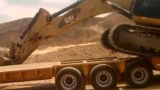 getlinkyoutube.com-excavadora en camabaja,,,´probando  cama baja nueva,,,peligrosisimo