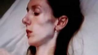 getlinkyoutube.com-Sedicenne muore di anoressia