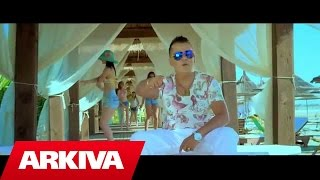 getlinkyoutube.com-Muharrem Ahmeti ft. Amarda Arkaxhiu & Kallashi - Loca loca (Official Video HD)