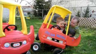 getlinkyoutube.com-Toddler Car Jacking