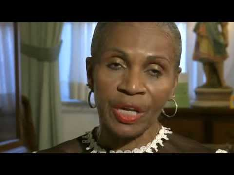 Ernestine Shepherd - World Record Female Bodybuilder